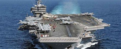 nuove portaerei americane replay la sicilia nel mediterraneo mare affollato