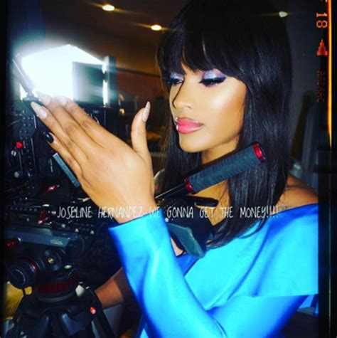 joseline hernandez hair styles joseline hernandez bangs new hair makeover amid stevie j