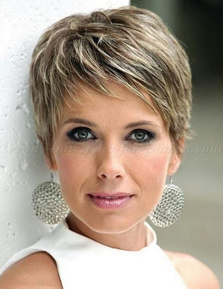 how to maintain a cropped hair cut for afican american women short cropped pixie hairstyles