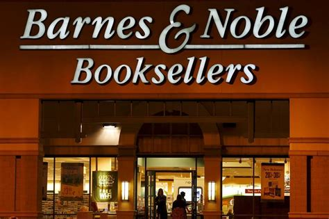 Barnes Noble To Sell Book In Stores by Barnes Noble To Open New Stores In Next Fiscal Year Wsj