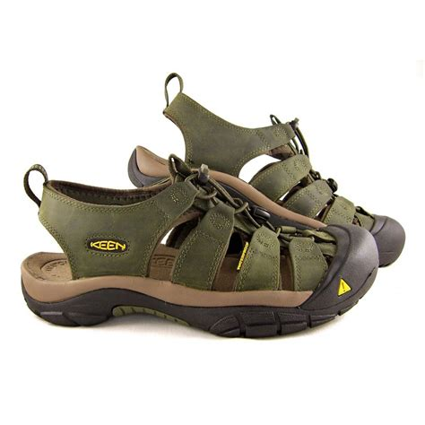keen sandals keen sandals shoes and boots buy keen footwear at