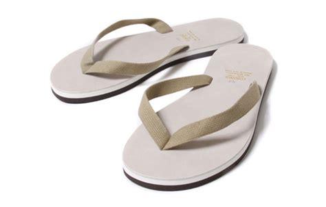 Sendal Jepit Wanita Sol Tebal Sendal Cewek Flip Flop Sandals Fse084 5 sepatu favorit era 90 an yang kembali nge trend
