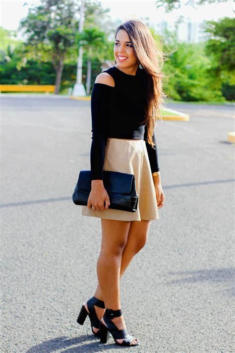 Magnifique Crop Tshirt le style casual chic 32 tenues confortables pour femmes