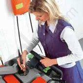 Scrub Lantai review mesin pembersih lantai hako b70