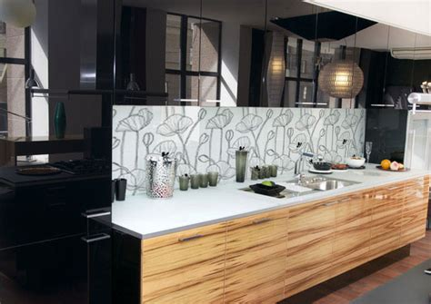 do you glass tile backsplash in your kitchen or