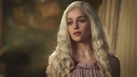 emilia clarke game of thrones more game of thrones goodness