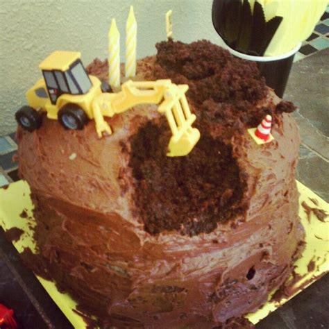 bulldozer cake birthday ideas pinterest cakes  bulldozer cake