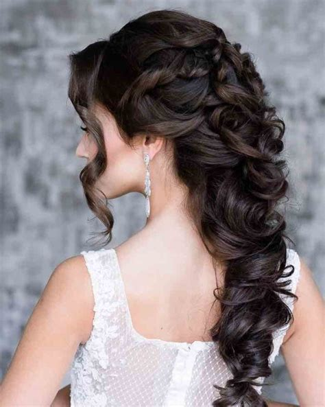elegant hairstyles for a bride 21 classy and elegant wedding hairstyles modwedding
