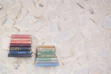 wallpaper books book page wallpaper wallpapersafari