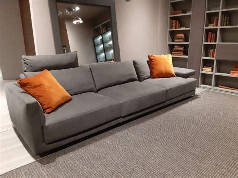 divani poliform outlet poliform outlet camere divani librerie soggiorni