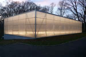 translucent polycarbonate walls and panels extech