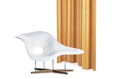 la longue chaise la chaise vitra chaise longue milia shop