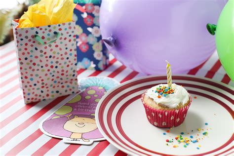 themed event synonym how to decorate a house for a birthday party synonym