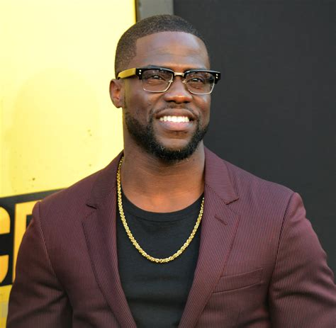 kevin hart kevin hart tops list highest paid comedian hellobeautiful
