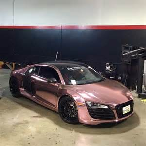 ?Audi R8 wrapped in rose gold chrome and wheels powder