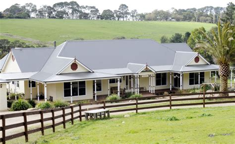australian farm houses designs the quintessential australian farm house the ferny hill
