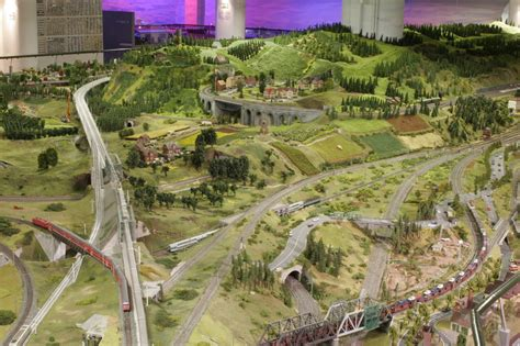 model train layoutsmodel railroad layouts
