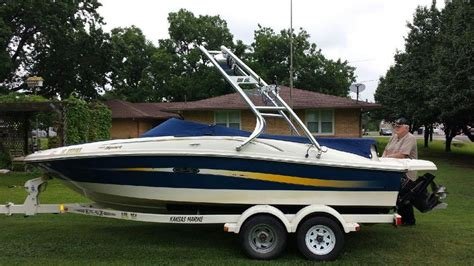 chaparral boats vs sea ray wakeboard tower boat tower waketower speakers pontoon