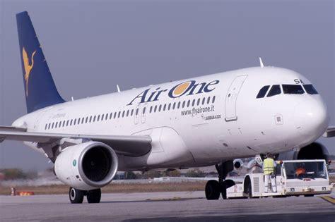 Air One air one incrementa i voli da catania travelquotidiano