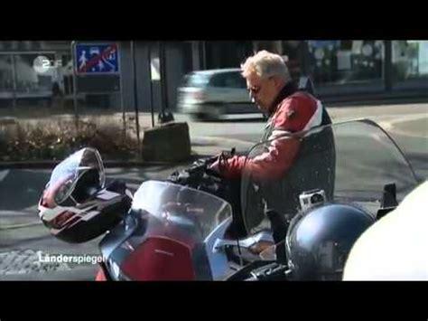 Youtube Videos Motorrad Raser by Motorrad Raser Beitrag Zdf Youtube