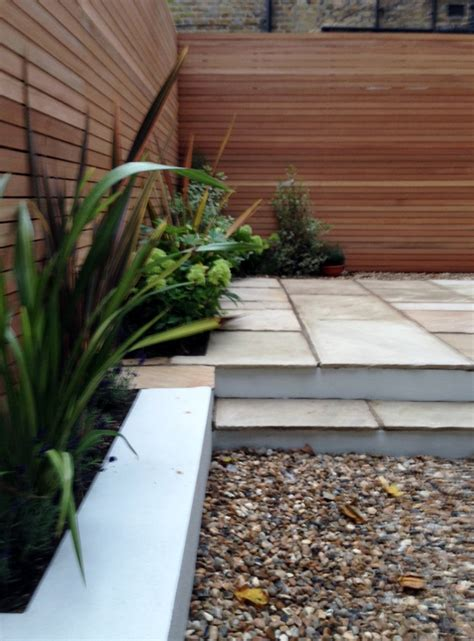 Garden Shingle Ideas Clapham Garden Design Sandstone Paving Hardwood Privacy Screen Shingle Trellis Fence
