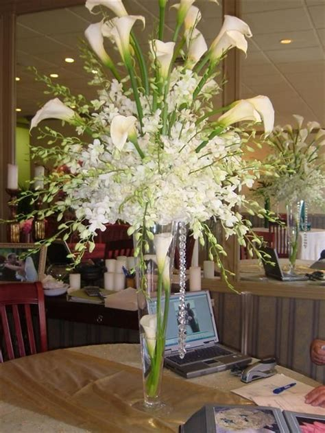 wedding centerpieces with calla lilies white wedding centerpiece with calla lilieswedwebtalks wedwebtalks