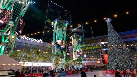 christmas tree at the los angeles staples center l a live event guide l a live