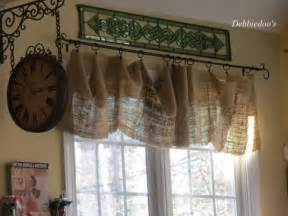 Rustic Kitchen Curtains Decor In A Country Rustic Kitchen