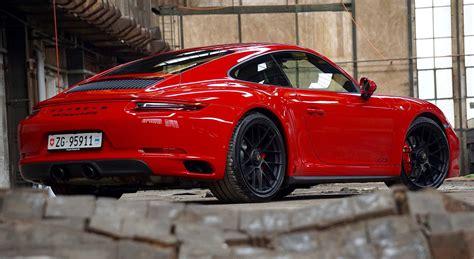 Porsche Gts 4 by Porsche 911 4s Vs 4 Gts Radicalmag