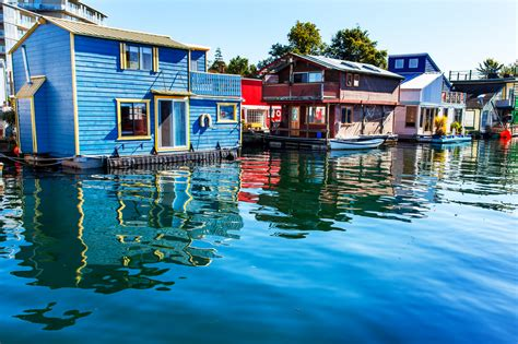 row boat victoria bc 39 floating homes in seattle portland and vancouver photos