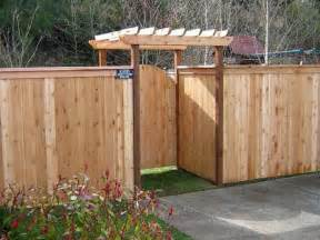 Design For Front Yard Fencing Ideas Bamboo Living Fence Front Yard Fence Ideas 187 Driveway Wood Fence Gate Design Ideas Image