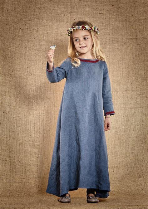 film fantasy medievale someone s daughter modeles pinterest robe m 233 di 233 vale