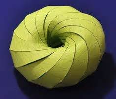 How To Make A 3d Circle With Paper - 1000 images about origami kirigami pliages on