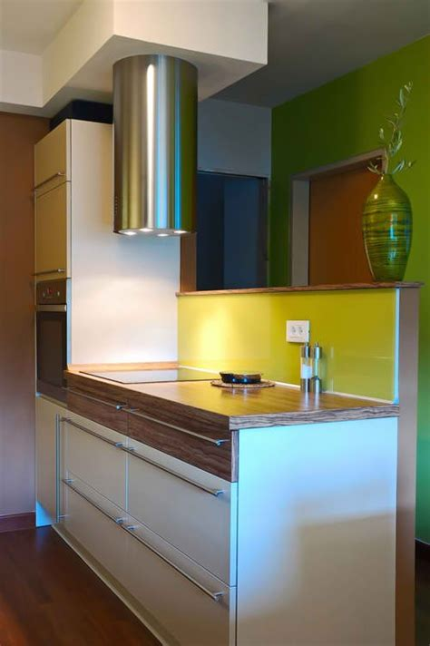 25 space saving small kitchens and color design ideas for outstanding space saving solutions for small kitchens