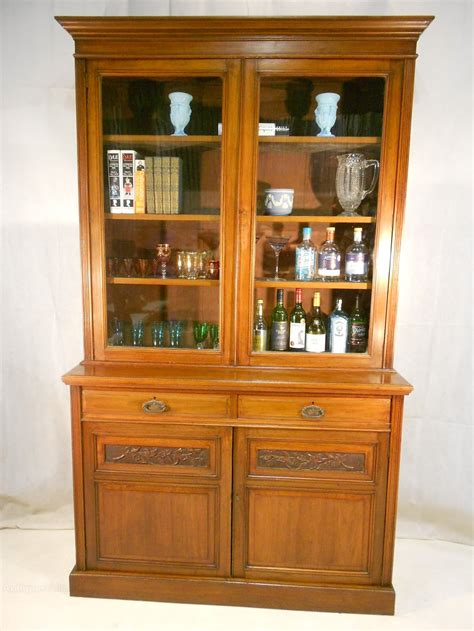 victorian walnut bookcase gillows of lancaster antiques
