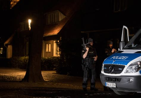 Auto Rast In Menschenmenge Deutschland by M 252 Nster Auto Rast In Menschenmenge Mehrere Tote Und
