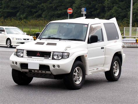 mitsubishi pajero 1998 mitsubishi pajero 3 5 1998 auto images and specification