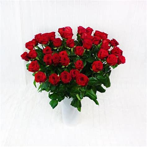 fiori a gambo lungo 50 rosse a gambo lungo prestige fiorista della santa