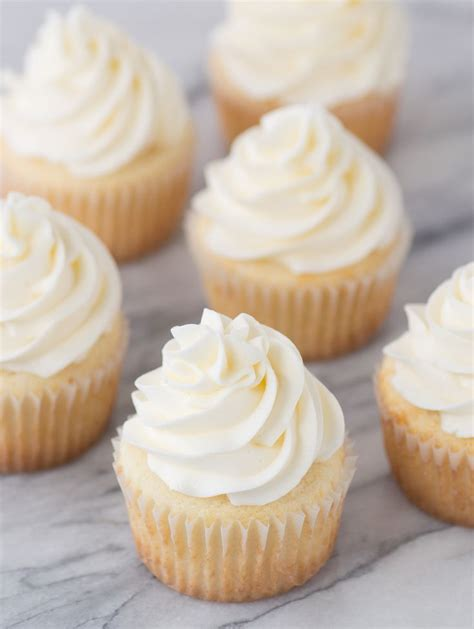 cupcake recipe 100 white cupcake recipes on cake mix cupcakes best cupcake recipe