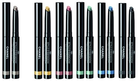 Eyeshadow Pensil review chanel stylo eyeshadow pencil world