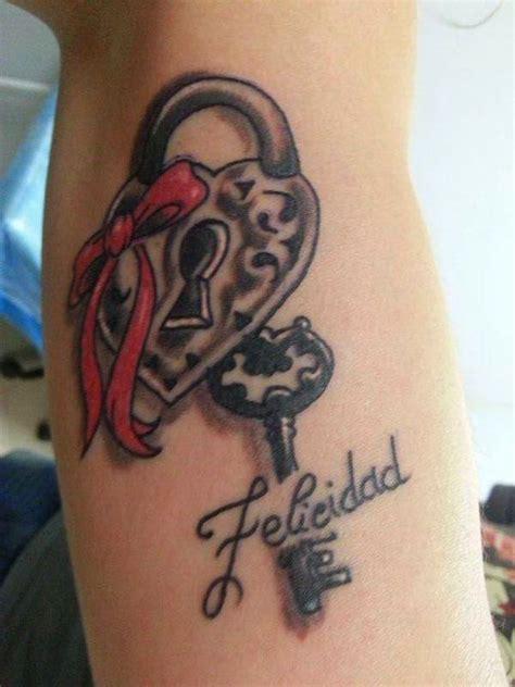 tatuaggi lettere a forma di cuore accademia gilmont italia lucchetto significato tatuaggio
