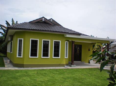 rumah warna cat coklat muda rumah minion