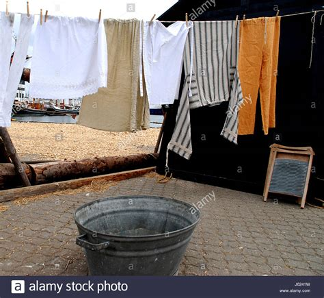 bathtub clothesline laundry tub stock photos laundry tub stock images alamy