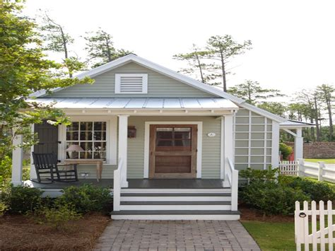 small cottage house exterior color country cottage