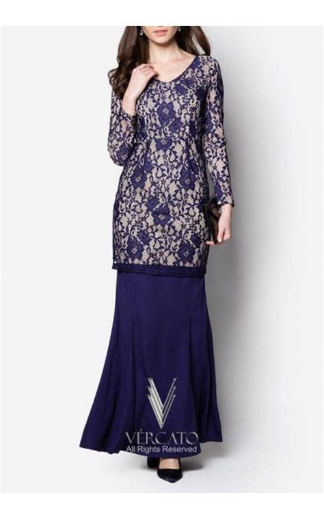 Baju Kurung Kenduri Kahwin exude sheer opulence for the coming festive season through this baju kurung by vercato