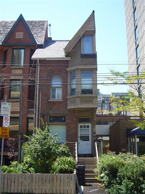 picture of a house half a house lost toronto