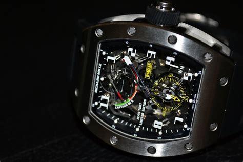 best new digital watches 2013 wroc awski informator