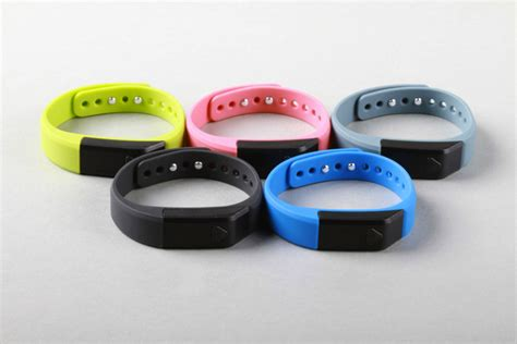 best fitness tracking band top 10 fitness activity trackers 100