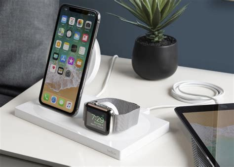 new belkin boost up iphone xs and apple wireless charging dock geeky gadgets