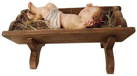 culle bambino gesu bambino in culla scultura in legno presepi